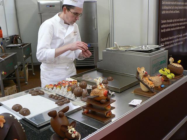 chocolatier-566199_640