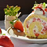 strawberry-roll-1263099_640 (1)