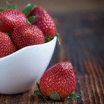 strawberries-1330459_640
